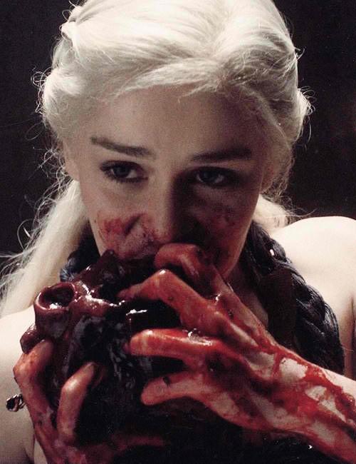351146-game-of-thrones-season-3-hottest-daenerys-targaryen-photos-slideshow